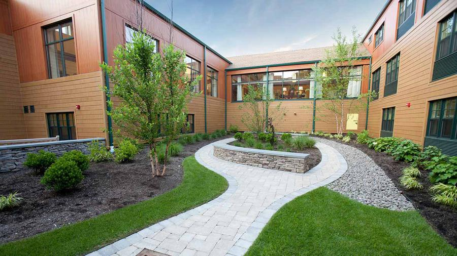 50 Best Assisted Living Communities in Hewlett (With Reviews & Pictures)